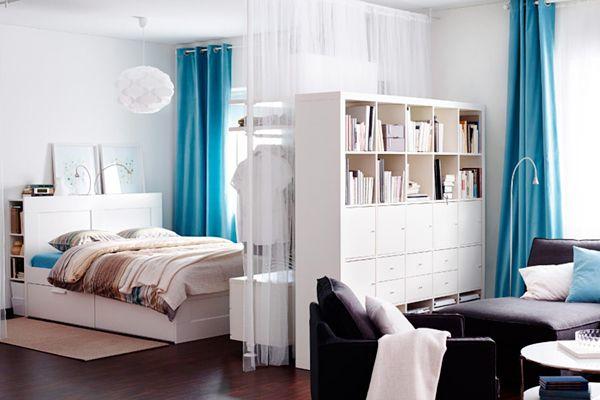 Soggiorno camera da letto in appartamento con una camera ...