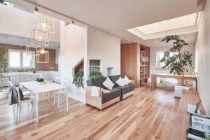Idee e stili di un interno di una casa di campagna for Interno di una casa