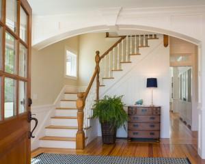 Trappen in het interieur maak een trap trots binnen in uw huis