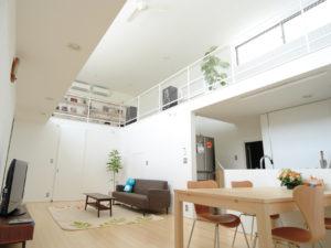 Minimalisme van het interieur in japanse stijl