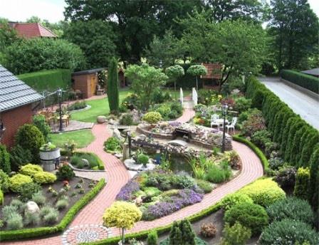 Ограждения и бордюры в садовом дизайне